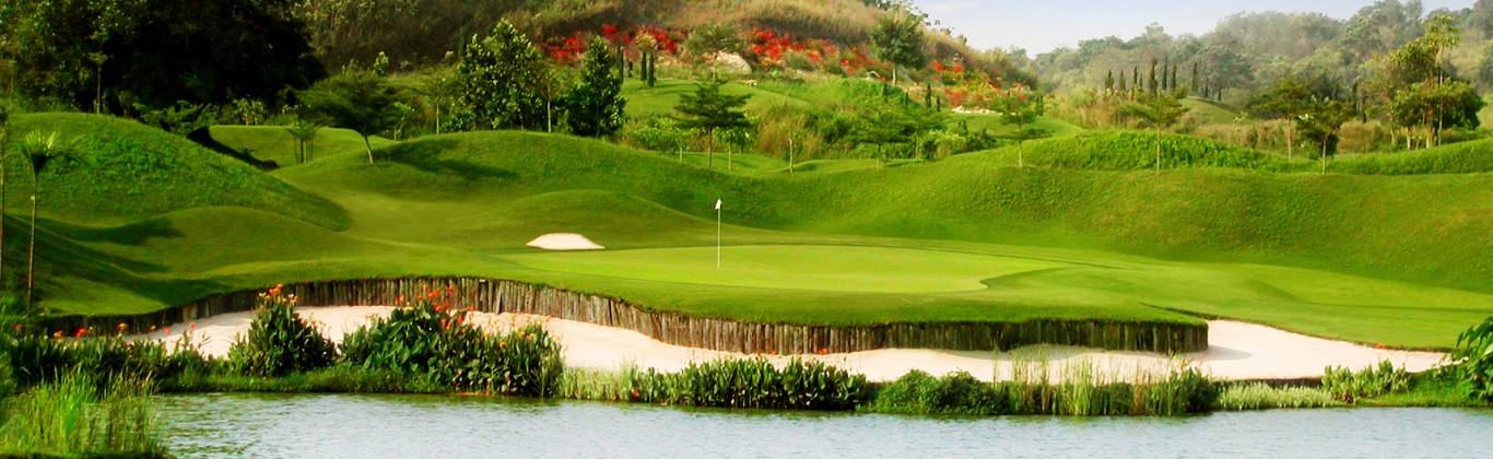 St. Andrews 2000 Golf Club